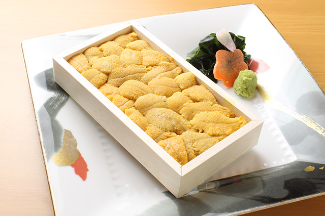 Additive-free roasted sea urchin in a wooden box90g